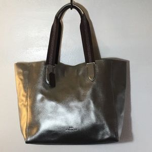 Coach metallic large derby tote bag.